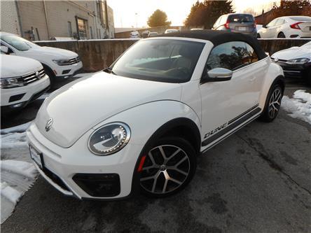 2019 Volkswagen Beetle 2.0 TSI Dune (Stk: P7388) in Toronto - Image 2 of 7