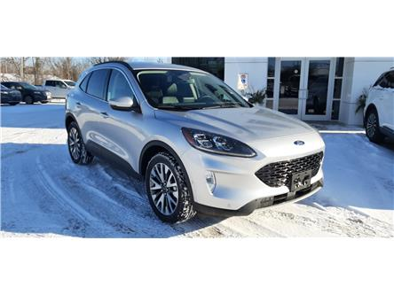 2020 Ford Escape Titanium Hybrid (Stk: ES2018) in Bobcaygeon - Image 2 of 28