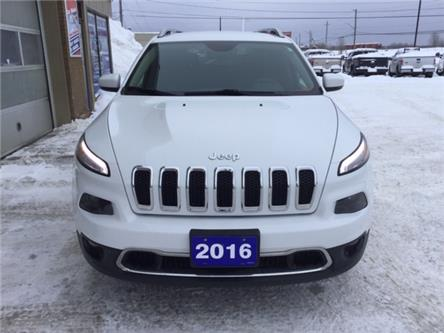 2016 Jeep Cherokee Limited (Stk: U-4032) in Kapuskasing - Image 2 of 8