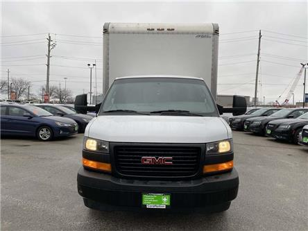 2018 GMC Savana Cutaway Work Van (Stk: DOM-001111) in Burlington - Image 2 of 24