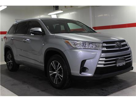 2017 Toyota Highlander LE (Stk: 299974S) in Markham - Image 2 of 24