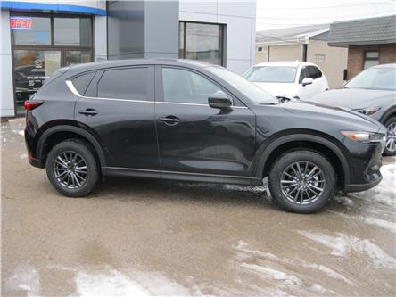 2020 Mazda CX-5 GX (Stk: 20010) in Stratford - Image 2 of 13