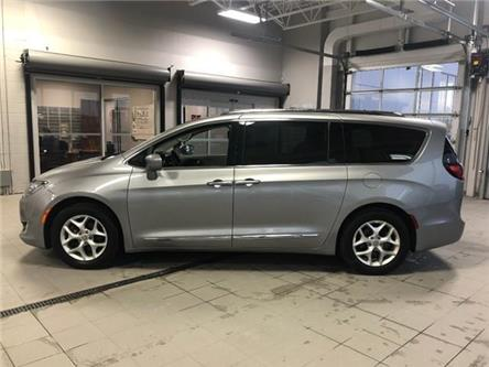 2017 Chrysler Pacifica Touring-L Plus (Stk: P1051) in Ottawa - Image 2 of 20