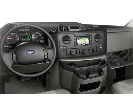 2019 Ford E-450 Cutaway Base (Stk: PLDUR6373) in Ottawa - Image 2 of 2