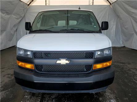 2019 Chevrolet Express 2500 Work Van (Stk: U1757R) in Thunder Bay - Image 2 of 11
