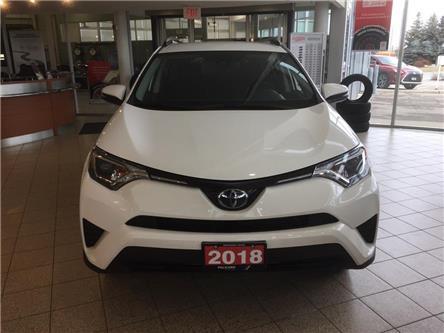2018 Toyota RAV4 LE (Stk: 797988R) in Brampton - Image 2 of 13