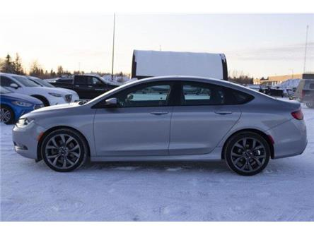 2015 Chrysler 200 S (Stk: V1125) in Prince Albert - Image 2 of 11