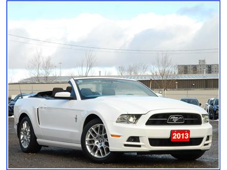 2013 Ford Mustang V6 Premium (Stk: D95040A) in Kitchener - Image 1 of 16