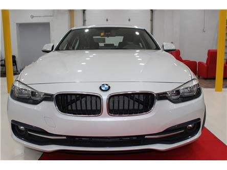 2016 BMW 320i xDrive (Stk: 551273) in Richmond Hill - Image 2 of 30