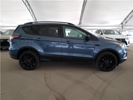 2018 Ford Escape SE (Stk: LU0290A) in Calgary - Image 2 of 25
