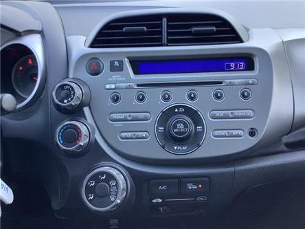 2013 Honda Fit LX (Stk: U13587) in Barrie - Image 2 of 23