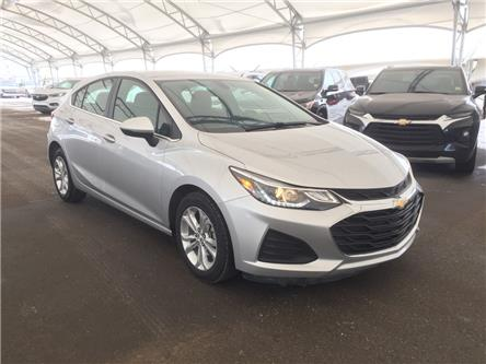 2019 Chevrolet Cruze LT (Stk: 181339) in AIRDRIE - Image 1 of 36