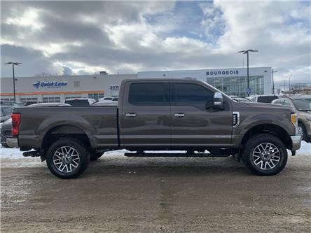 2017 Ford F-250 XLT (Stk: 19T60A) in Midland - Image 2 of 18