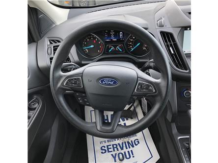 2017 Ford Escape SE (Stk: HUD22274) in Wallaceburg - Image 2 of 15