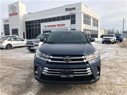2019 Toyota Highlander XLE (Stk: 22097) in Thunder Bay - Image 2 of 18