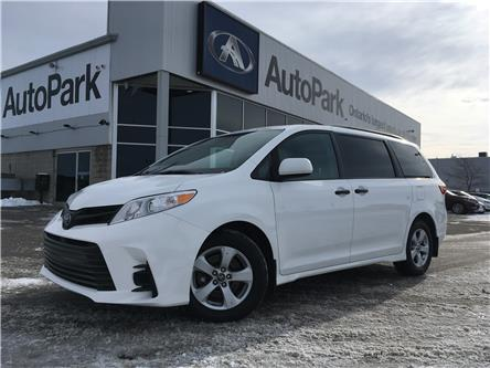 2018 Toyota Sienna 7-Passenger (Stk: 18-25282RJB) in Barrie - Image 1 of 27