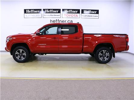 2018 Toyota Tacoma SR5 (Stk: 205021) in Kitchener - Image 2 of 32