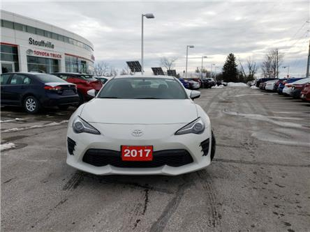 2017 Toyota 86 Base (Stk: P2062) in Whitchurch-Stouffville - Image 2 of 13