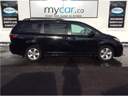 2018 Toyota Sienna LE 8-Passenger (Stk: 200068) in Richmond - Image 2 of 21