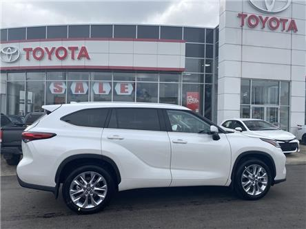 2020 Toyota Highlander Limited (Stk: HI3539) in Niagara Falls - Image 1 of 10