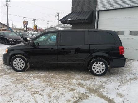 2014 Dodge Grand Caravan SE/SXT (Stk: -) in Winnipeg - Image 2 of 9