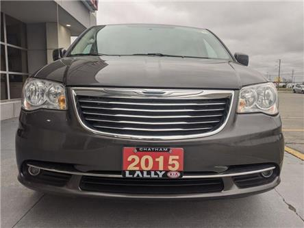 2015 Chrysler Town & Country Touring-L (Stk: K3911) in Chatham - Image 2 of 21