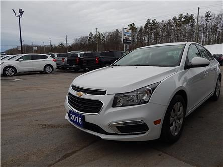 2016 Chevrolet Cruze Limited 1LT (Stk: 19267A) in Campbellford - Image 2 of 19