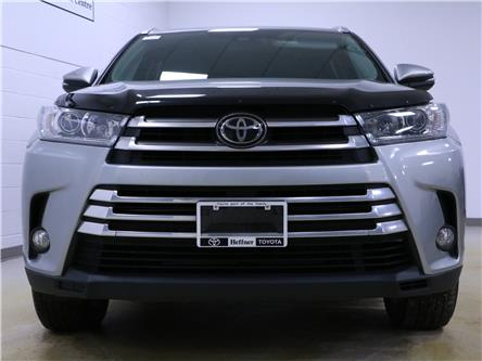 2017 Toyota Highlander XLE (Stk: 205061) in Kitchener - Image 2 of 27