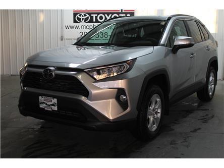 2020 Toyota RAV4 XLE (Stk: W101917) in Winnipeg - Image 1 of 24