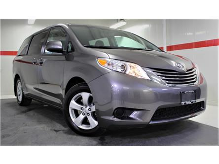 2017 Toyota Sienna LE 8 Passenger (Stk: 300419S) in Markham - Image 1 of 24