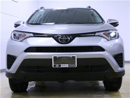 2017 Toyota RAV4 LE (Stk: 205047) in Kitchener - Image 2 of 23