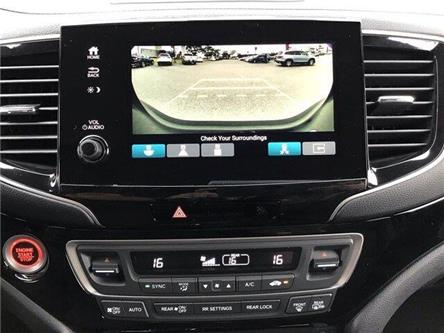 2020 Honda Pilot Touring 7P (Stk: 20221) in Barrie - Image 2 of 24