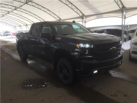 2020 Chevrolet Silverado 1500 LT Trail Boss (Stk: 182003) in AIRDRIE - Image 1 of 45