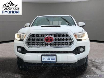 2016 Toyota Tacoma  (Stk: H3066) in Toronto, Ajax, Pickering - Image 2 of 25