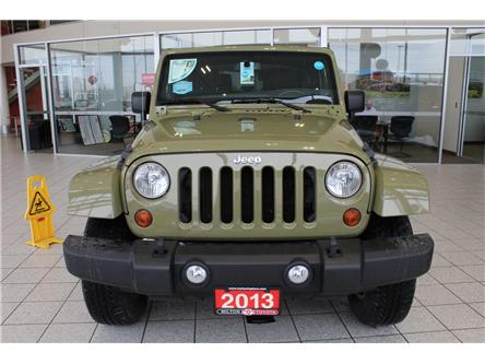 2013 Jeep Wrangler Sahara (Stk: 617600) in Milton - Image 2 of 32
