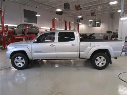 2013 Toyota Tacoma V6 (Stk: 2090891 ) in Moose Jaw - Image 2 of 28
