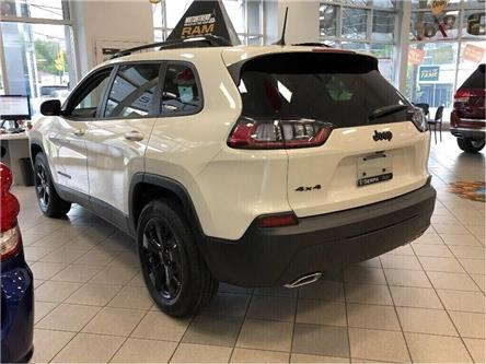 2019 Jeep Cherokee North (Stk: 194070) in Toronto - Image 2 of 16