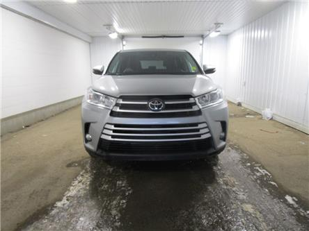 2019 Toyota Highlander LE (Stk: 1939081) in Regina - Image 2 of 39