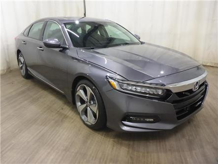 2019 Honda Accord Touring 2.0T (Stk: 20020722) in Calgary - Image 1 of 28