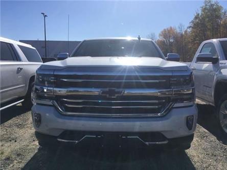 2017 Chevrolet Silverado 1500 High Country (Stk: 17627) in Haliburton - Image 2 of 6