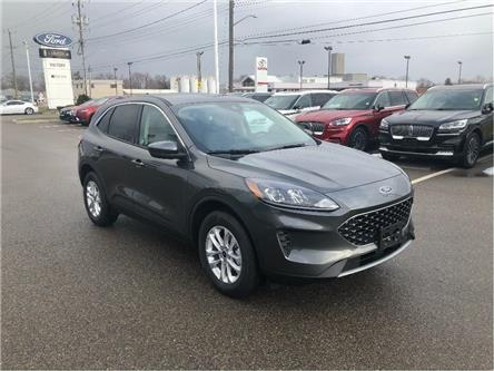 2020 Ford Escape SE (Stk: VEP19258) in Chatham - Image 2 of 16