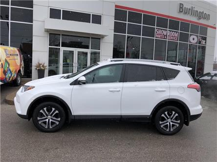 2017 Toyota RAV4 LE (Stk: U11000) in Burlington - Image 2 of 17