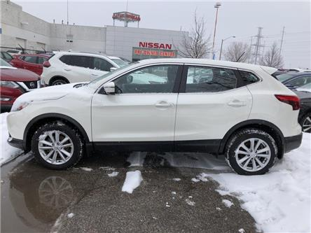 2018 Nissan Qashqai SV/AWD (Stk: M10000) in Scarborough - Image 2 of 25