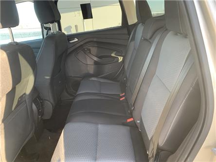 2017 Ford Escape SE (Stk: 22215) in Pembroke - Image 2 of 9