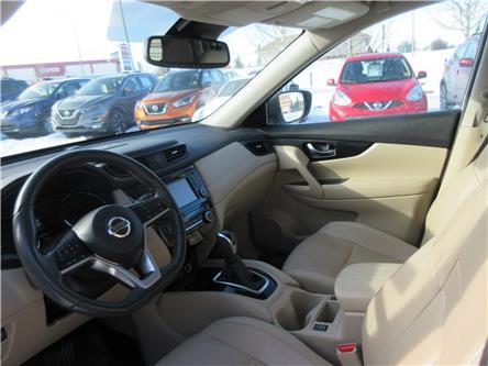 2017 Nissan Rogue SL Platinum (Stk: 10204) in Okotoks - Image 2 of 10