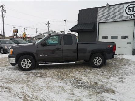 2010 GMC Sierra 1500 SLE (Stk: -) in Winnipeg - Image 2 of 8
