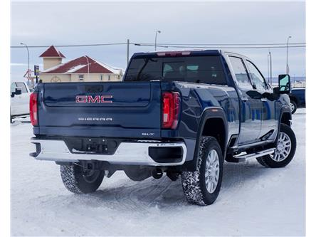 2020 GMC Sierra 3500HD SLT (Stk: T20-1019) in Dawson Creek - Image 2 of 15