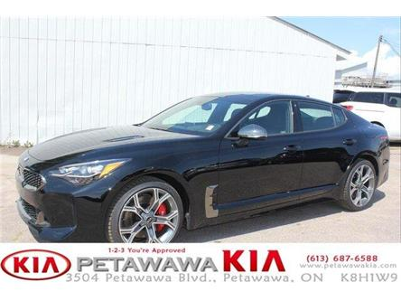2019 Kia Stinger GT2 (Stk: 19243) in Petawawa - Image 1 of 24