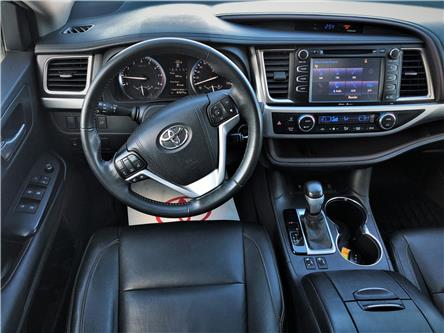 2015 Toyota Highlander XLE (Stk: N2011A) in Timmins - Image 2 of 16