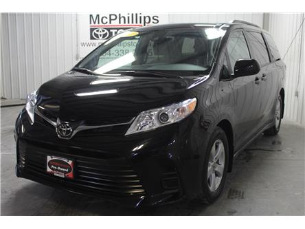 2019 Toyota Sienna  (Stk: F10163) in Winnipeg - Image 2 of 26